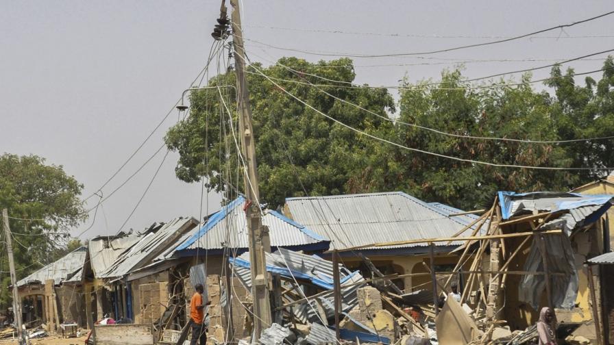 """Части от градчето Муби, разрушени от """"Боко Харам"""""""