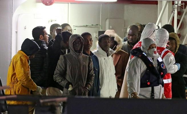 Двама арестувани за трагедията с имигрантите