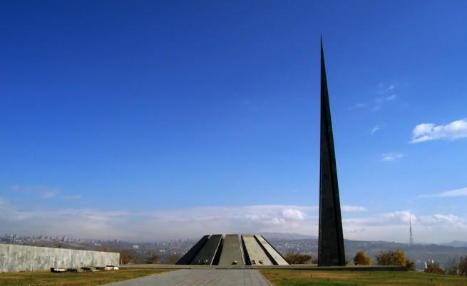 Армения отбелязва един век от геноцида