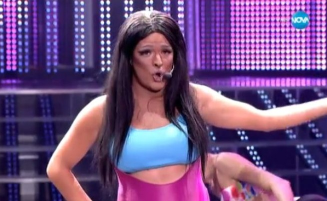 Пищните форми на Ники Минаж донесоха победа на Криско в