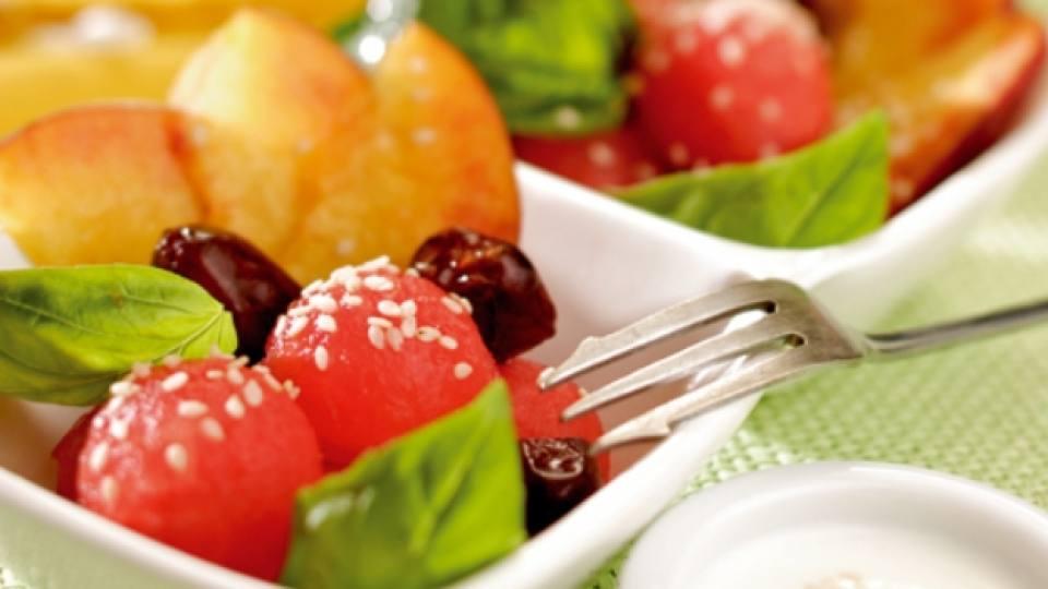 Ориенталска плодова салата