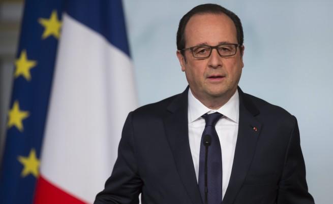 Франсоа Оланд: Ще поведем безмилостна война срещу терористите