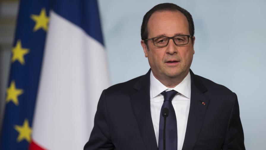 Франция увеличава бюджета си за отбрана, за да се бори с терористичната заплаха