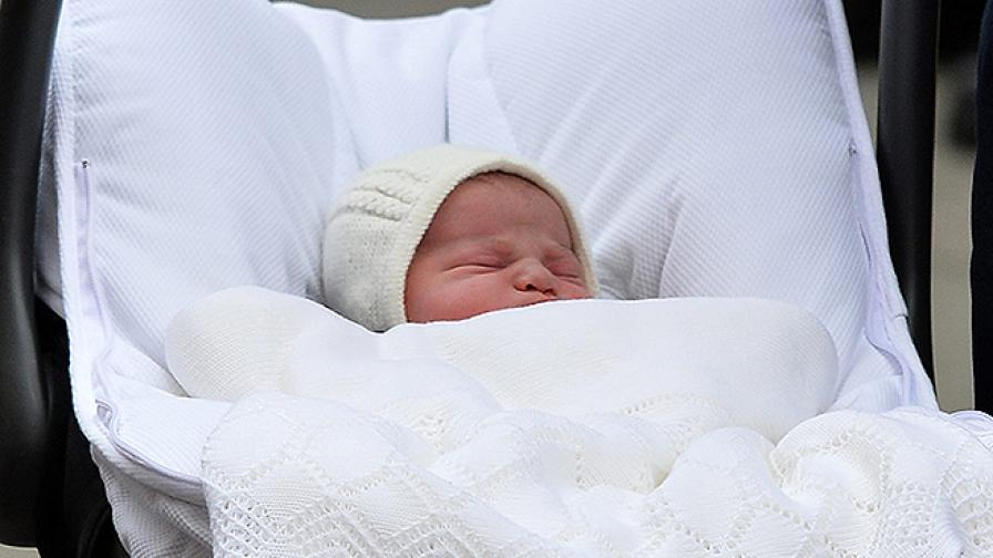 Първите снимки на новата британска принцеса