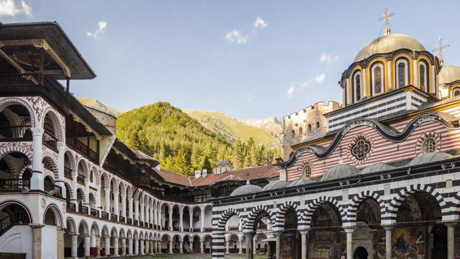 Да видим красотата на Рилския манастир в 30 секунди (видео)