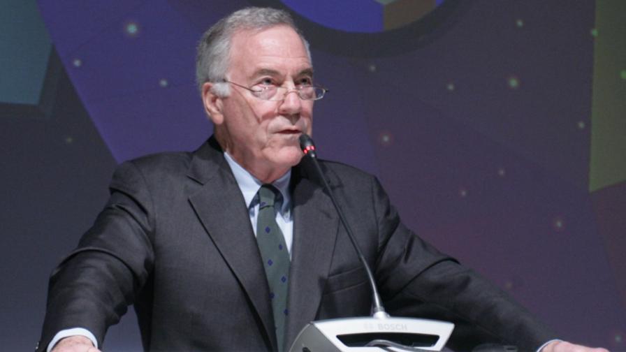 Проф. Ханке: Най-добре е Гърция да напусне еврозоната