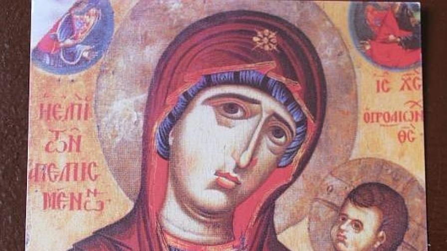Чудотворна икона на Богородица за пръв път у нас