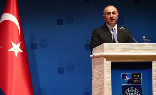 """Турция призова НАТО да действа срещу """"Ислямска държава"""""""