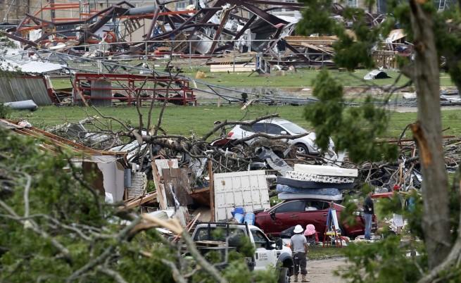 Бури с проливни дъждове и торнада удариха САЩ