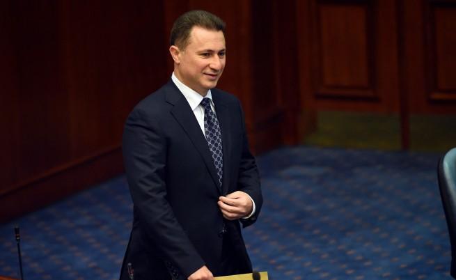Търсят Груевски с международна заповед, той иска убежище
