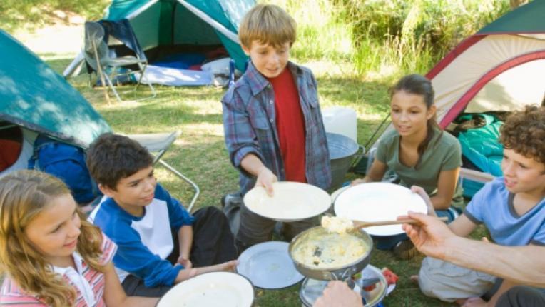 деца лагер