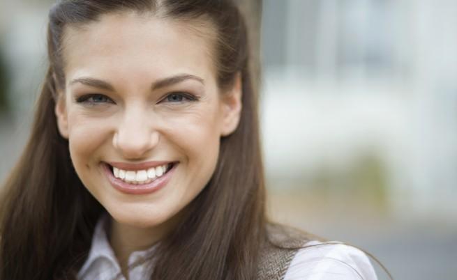 Усмивката подмладява с поне 2 години