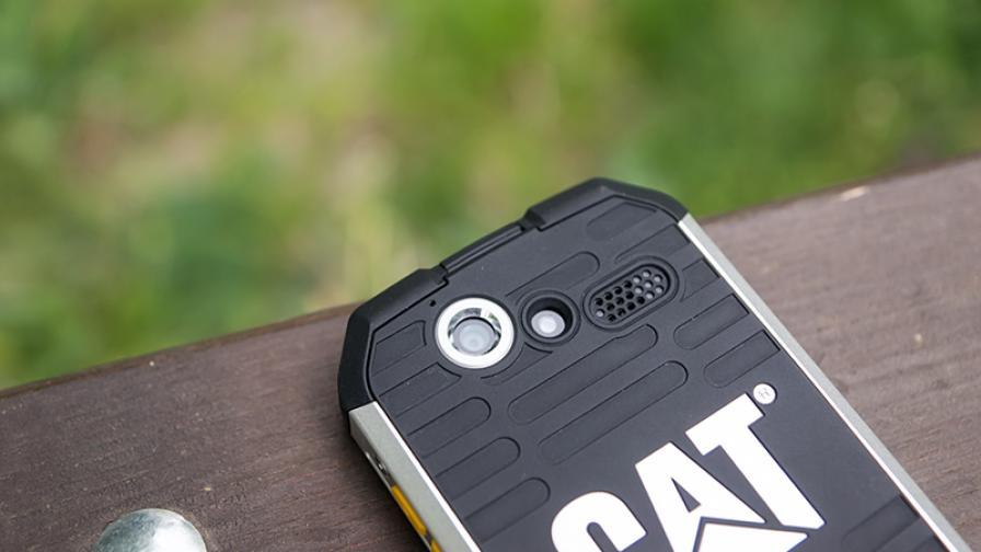 CAT B15Q – един наистина здрав телефон