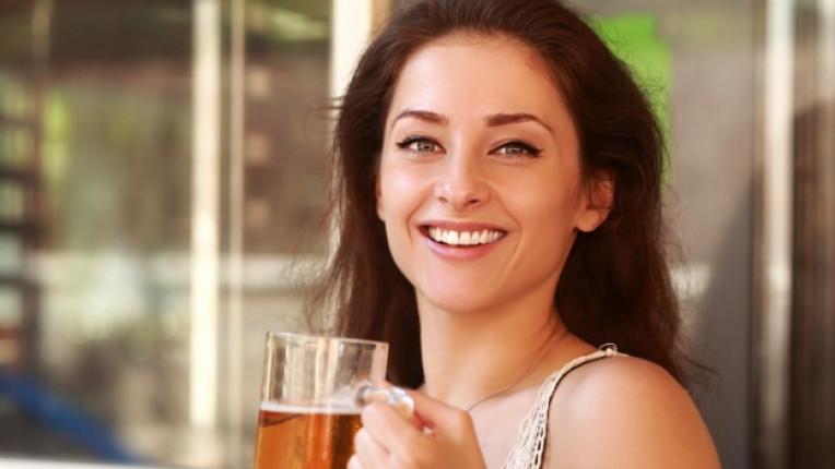 жена бира