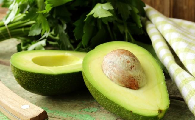 За здраво сърце, красива кожа и много хранително - авокадото