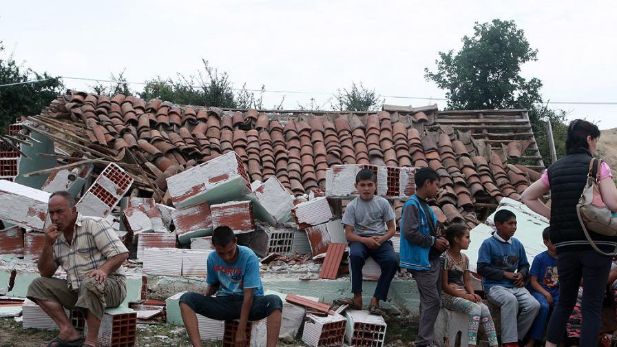 Проверяват имотите и доходите на ромите в Гърмен