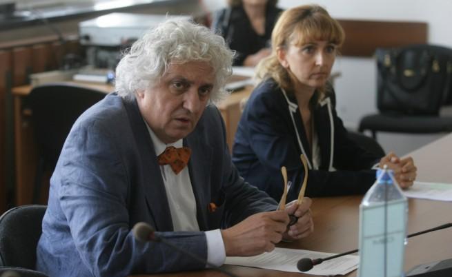 Георги Лозанов не подаде оставка заради кризата в БНР