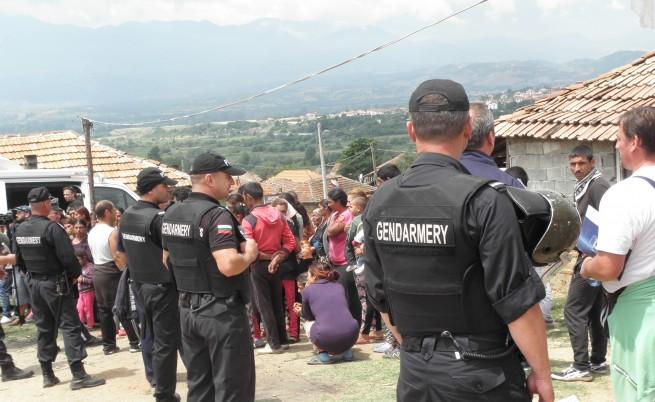 ОССЕ призова България да спре изселването на роми от Гърмен
