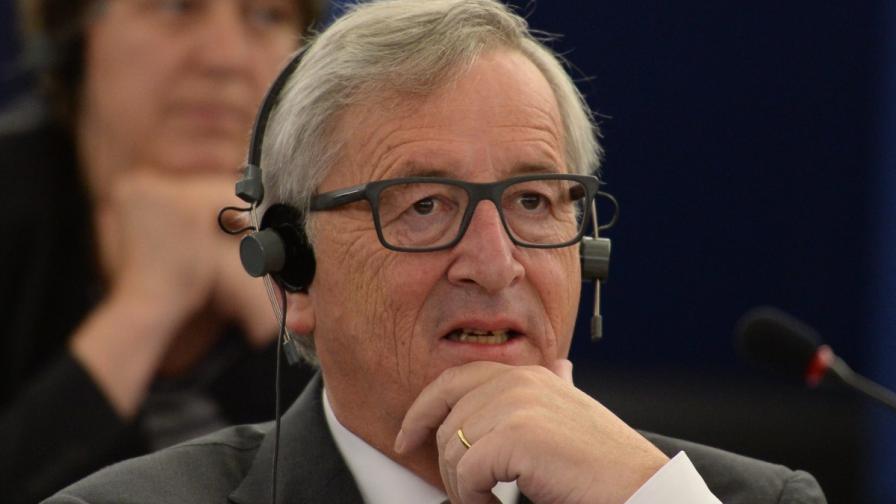 """Юнкер: Не искаме """"Грекзит"""""""