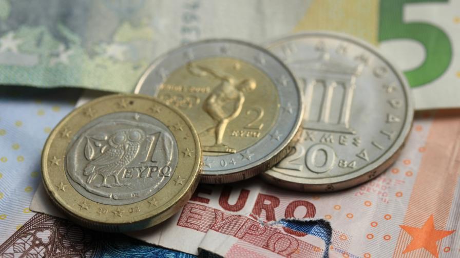 Гръцките кредитори са постигнали споразумение за новия спасителен план