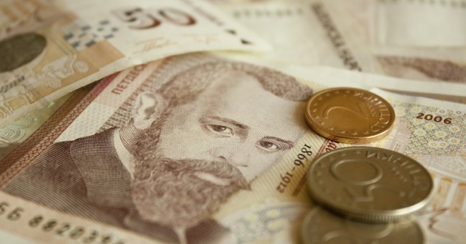 За 15 години доходът на българина се увеличава с 240