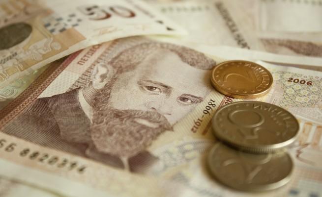 Позиция: Евтинджийството на бизнеса, заради което българите емигрират