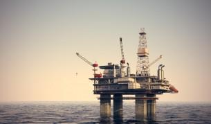 Гръцкият петрол кара най-големите да наддават