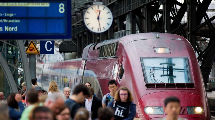 Повдигнаха обвинения на стрелеца от влака Амстердам-Париж