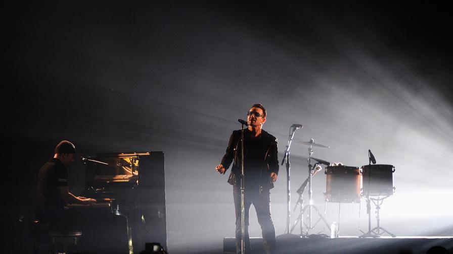 Боно стана най-богатият рок музикант в света