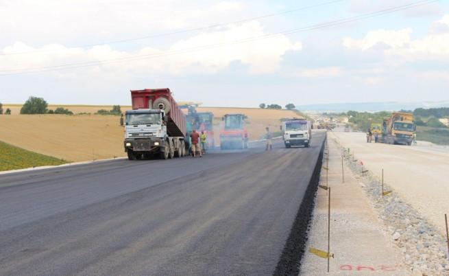 Ремонтите по магистралите започват отново