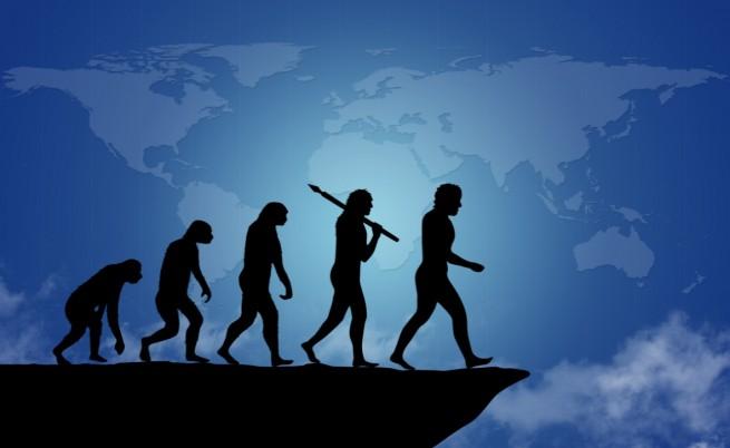 Хората още еволюират