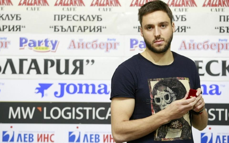 Радослав Василев претърпя операция на коляното