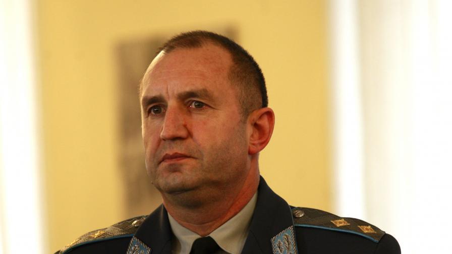 Бригаден генерал Цанко Стойков ще замести ген. Радев