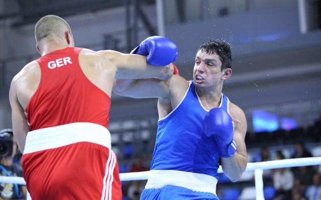 """Боксьорът Петър Белберов гостува в предаването """"Код Спорт"""" по ТВ+."""