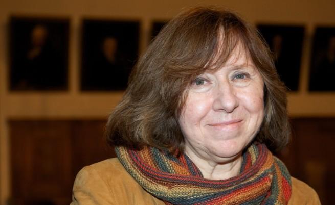 Беларуска писателка и журналистка получи Нобела за литература