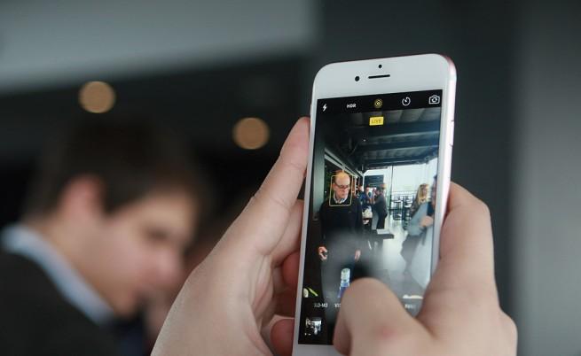 Apple се извини за гафа с батериите и бавните iPhone-и