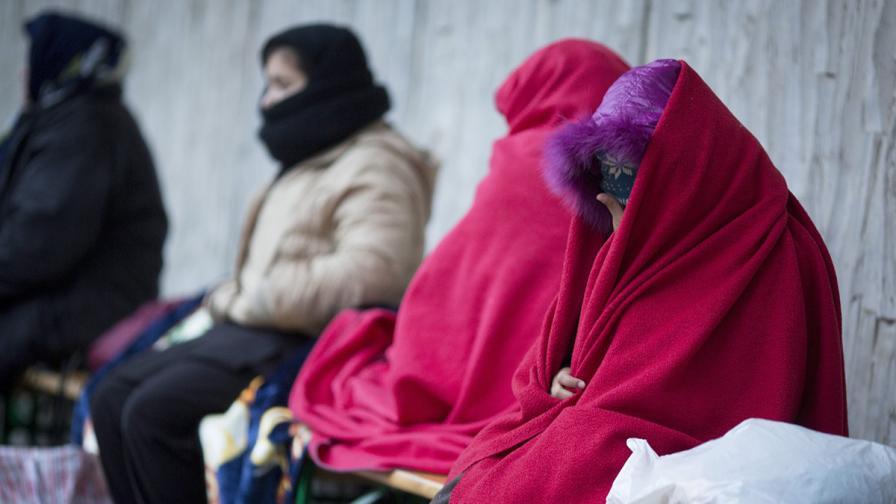 В Германия не смогват да намерят легла за бежанците
