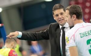 Пламен Константинов ще води само България до олимпийската квалификация