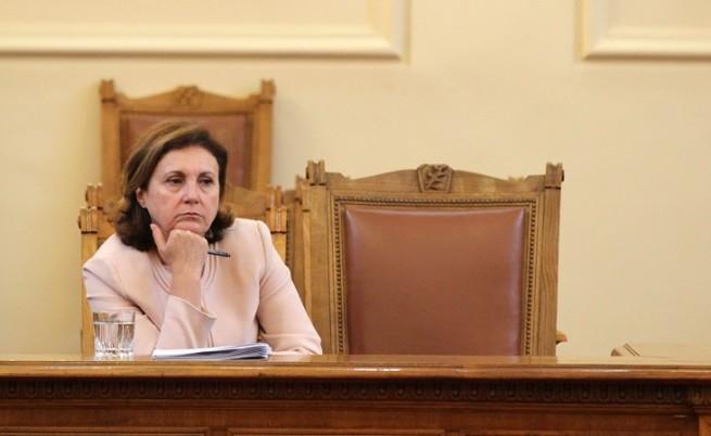 Бъчварова: МВР се опитва да се справи