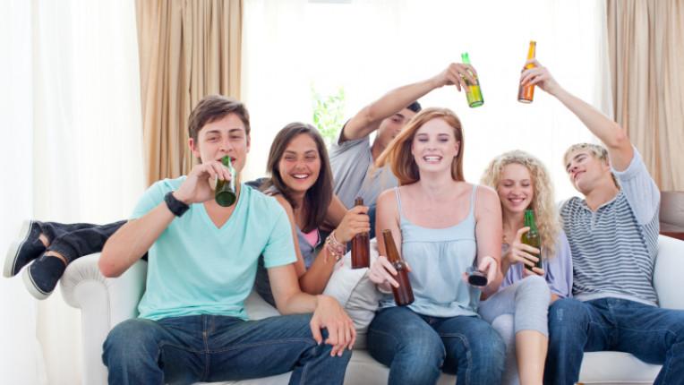 бира приятели събиране веселие