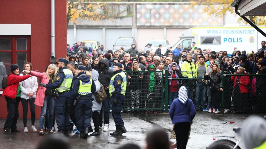 Неонацист зад нападението в шведско училище