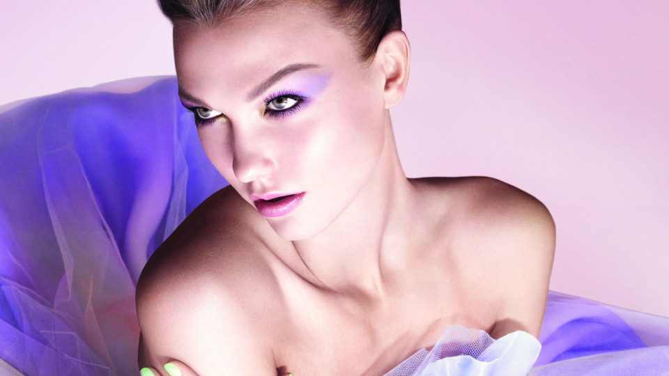 Пролетното лице на Dior е решено в пастелни тонове