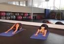 Стегнат корем с класически йога пози (видео)