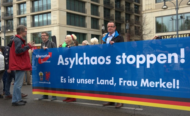 На митинг в Берлин: Спасете Германия, спрете Меркел