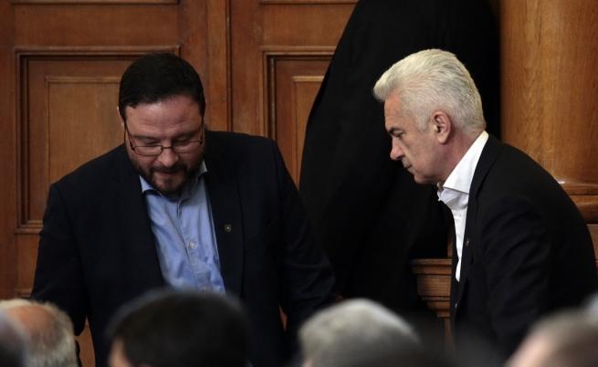 Съдът решава дали Сидеров и Чуколов да влязат в ареста