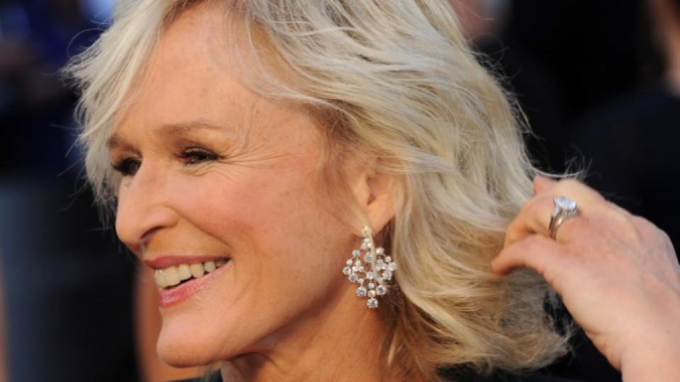 """Глен Клоуз пристига на тазгодишната церемония по раздаването на наградите """"Оскар"""", Лос Анджелис, февруари 2012 г."""