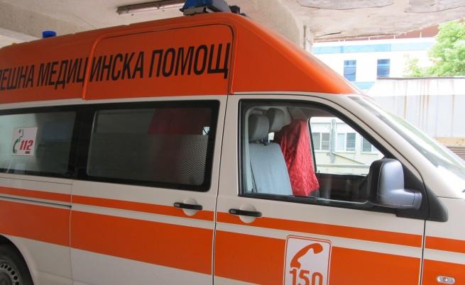 Дете почина, след като беше заключено в кола