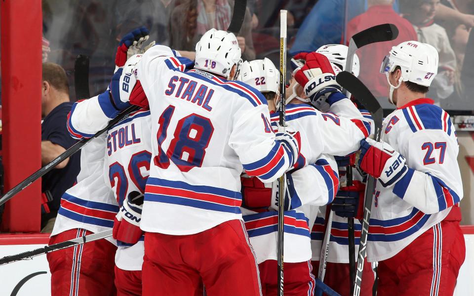 Ню Йорк Рейнджърс с шеста поредна победа в НХЛ