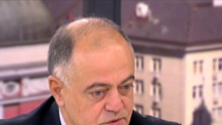 Атанасов: Прокуратурата в България е безотчетна и безконтролна