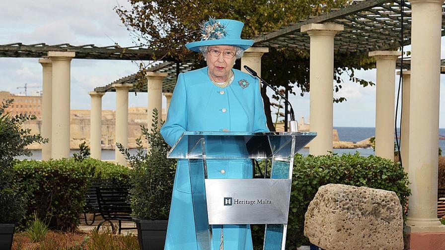 Кралица Елизабет II към канадския премиер: Накара ме да се чувствам стара